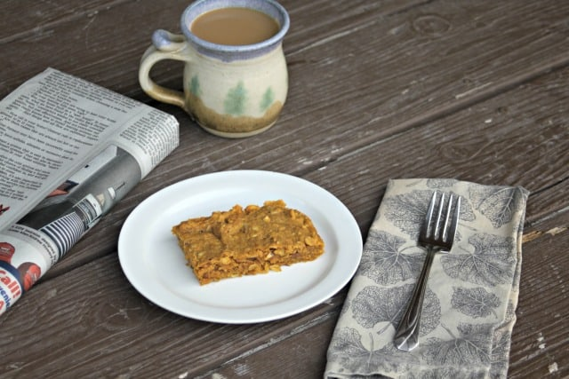 Power busy mornings with these quick & easy Pumpkin Oat Breakfast Bars packed full of healthy and flavorful ingredients sure to satisfy.