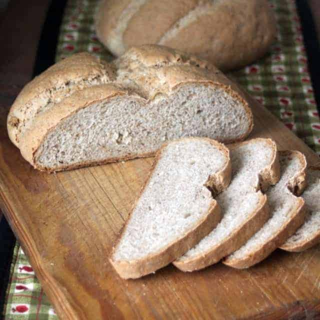 An Easy Homemade Rye Bread Recipe