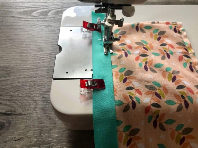 Stitching binding on rectangle with sewing machine